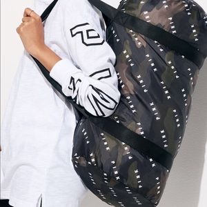 Victoria's Secret PINK CaMO Packable Duffle Bag
